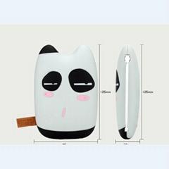 龙猫卡通迷你可爱移动电源手机充电器充电宝