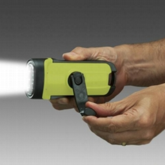 WATERPROOF DYNAMO LED FLASHLIGHT