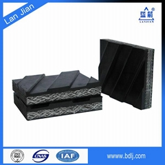 cleated flame resistant conveyor belt used