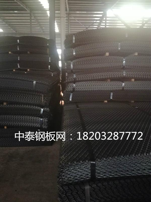 批發3米寬重型鋼板網 5