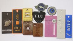 厂直销辅料塑料公版吊牌有专业定制各种款挂牌快速出版