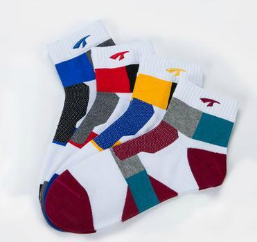 T604襪子批發 高檔運動常規款透氣孔刺繡中筒男士襪子純棉 3