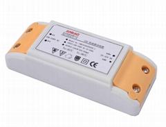 Three-level analog dimming LED Driver