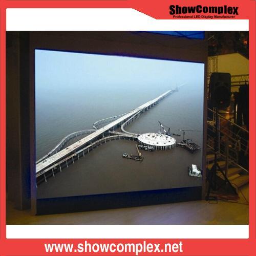 Small Pixel HD P2.5 Indoor Rental LED Display Sign 3