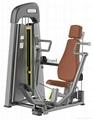 室內優質管材製造坐式推胸訓練器