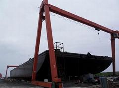 Floating dock barge