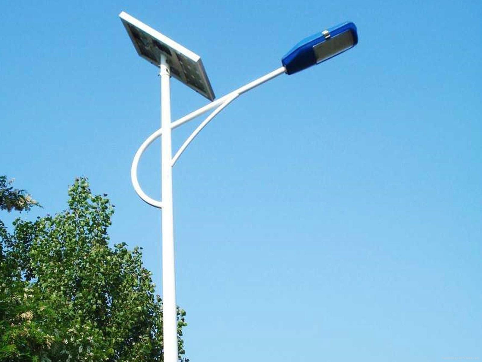 工厂直销太阳能路灯 4