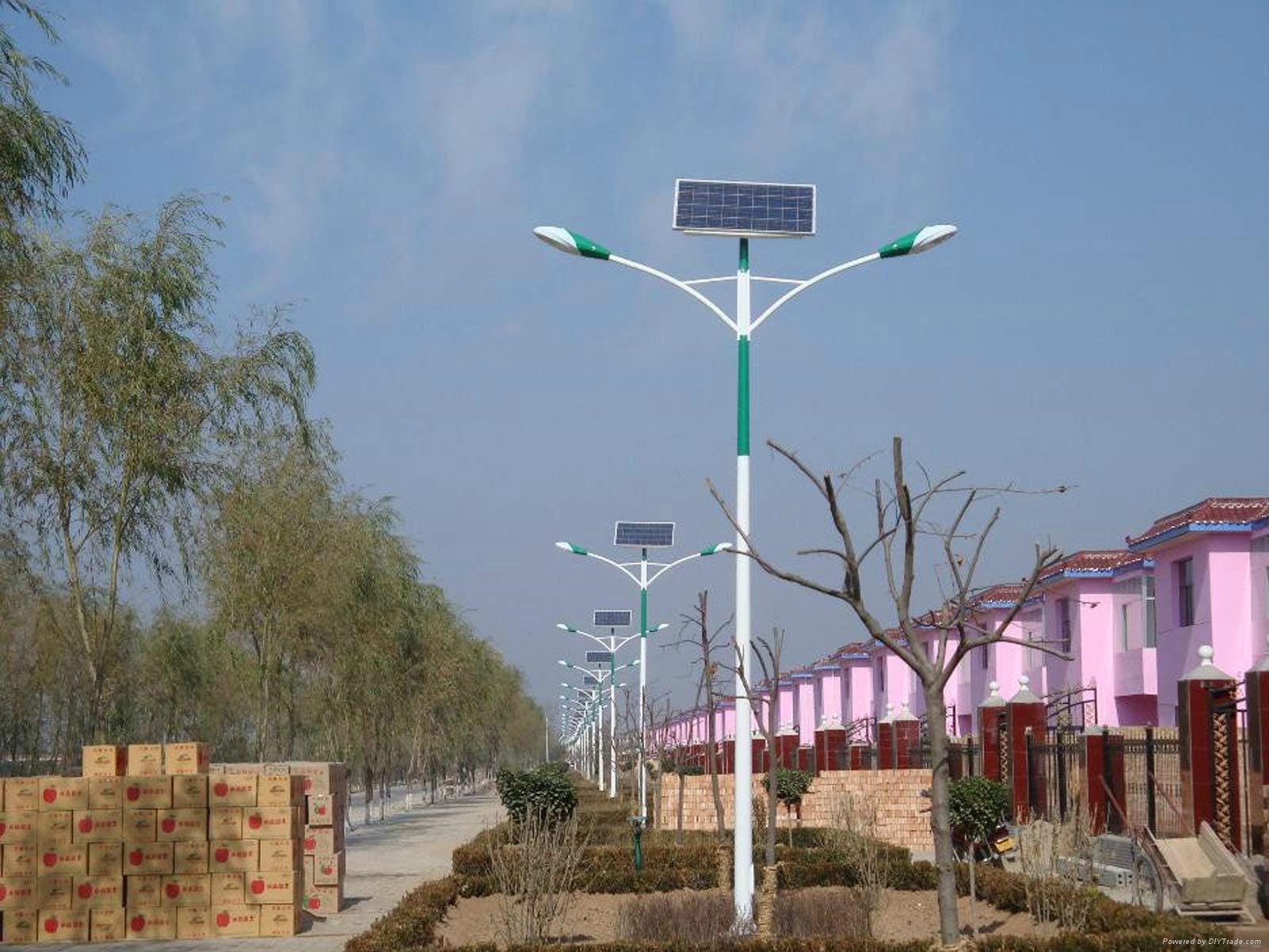 工厂直销太阳能路灯 5