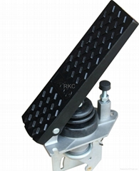 Foot throttle controller