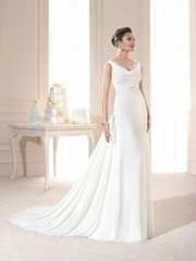 Charming Turndown Sleeveless Sheath Column Wedding Dress