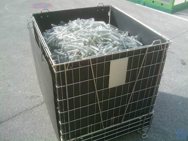 Hot Sale Folding Wire Mesh Container for PET Preform Storage 1