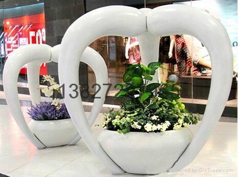 东莞玻璃钢雕塑制品 2