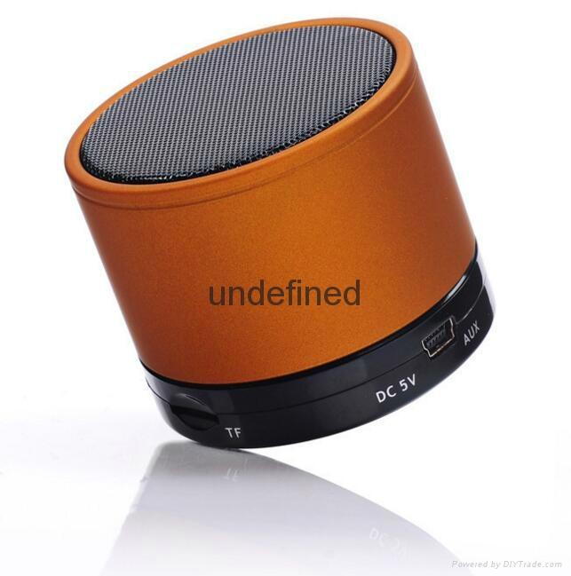 2017 New Fashion S10 BT 3.0+EDR Wireless Portable Mini speaker With FM Radio 13