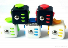 2017 innovative ideas finger spinner educational toys fidget cube 12 sides
