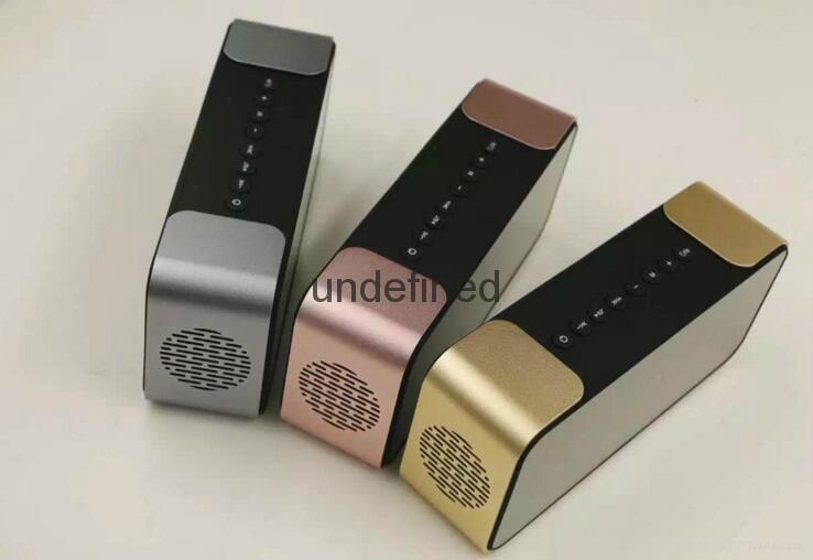 Portable Wireless Bluetooth Speaker PTH-305 Support FM Radio TF Time/Alarm Clock 7