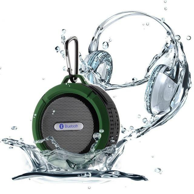 2017 Good design portable handle waterproof bluetooth speaker for outdoor Sports 1