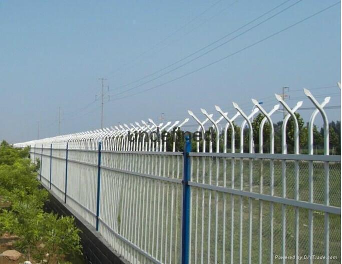 别墅围墙铁栅栏 1