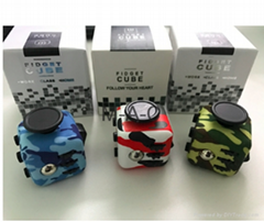 New 3.3cm Camouflage Mini Fidget Cube Toys Puzzles & Magic Cubes Stress Anxiety