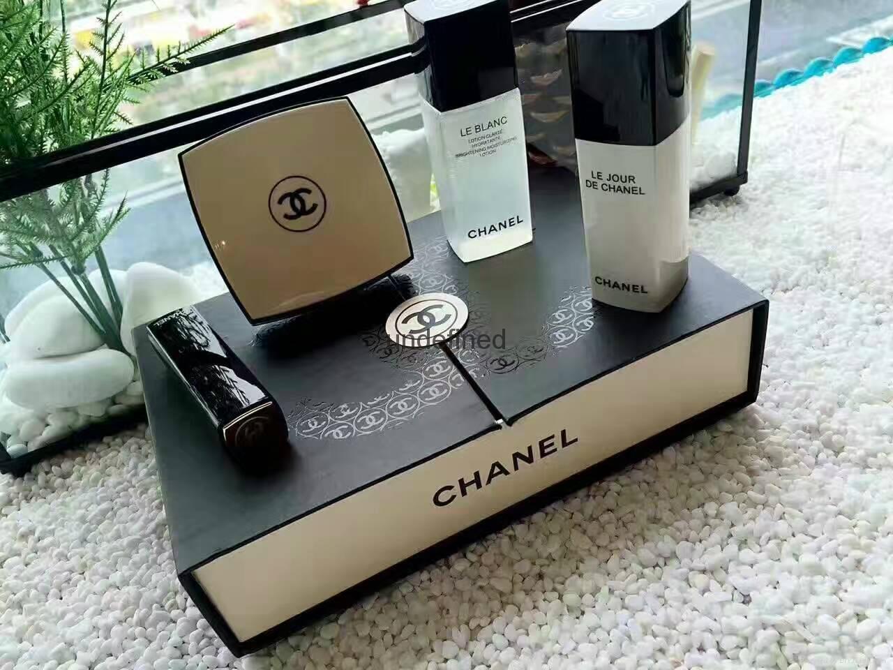 Makeups gift set good fragrance for lady 1