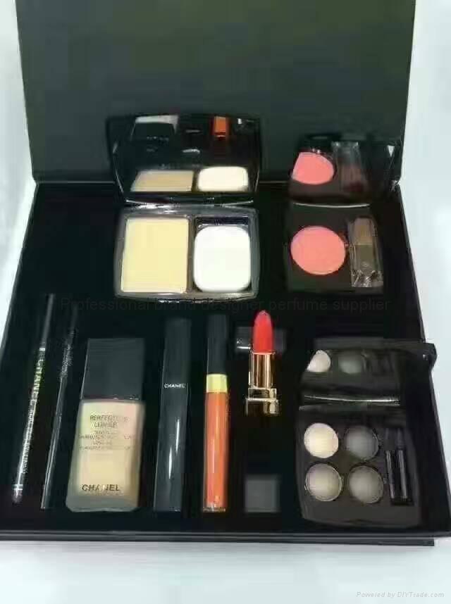 High quality hot sale brand makeup gift set  1