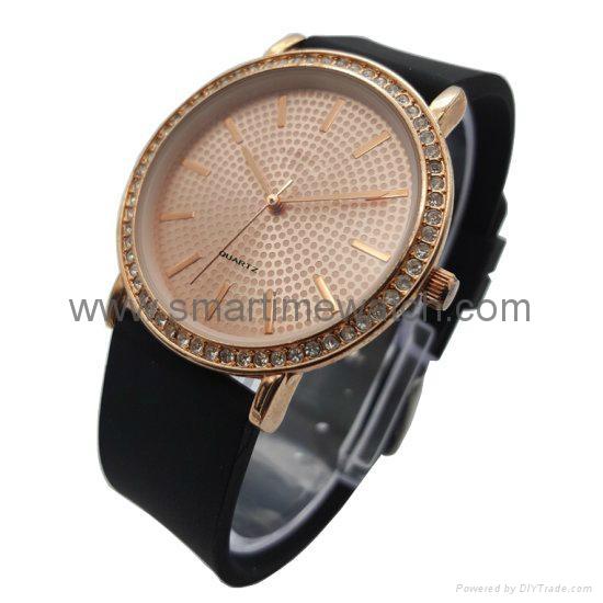 合金时尚钻石手表 SMT-1505 2