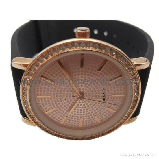 合金时尚钻石手表 SMT-1505 3
