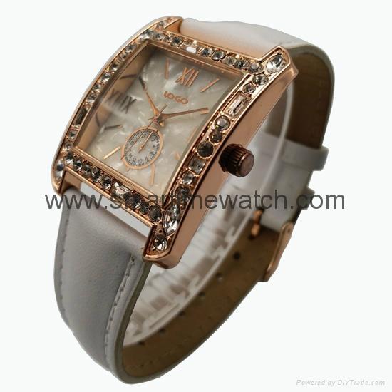 玫瑰金色合金殼水鑽時尚手錶 SMT-1510 2