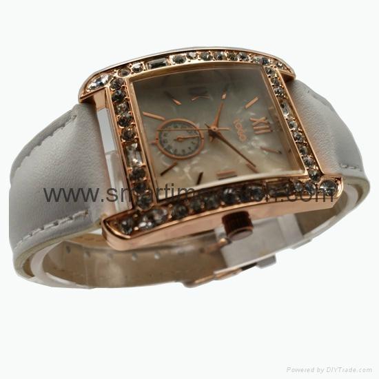 玫瑰金色合金殼水鑽時尚手錶 SMT-1510 3