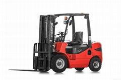 2.0 ton capacity diesel forklift truck