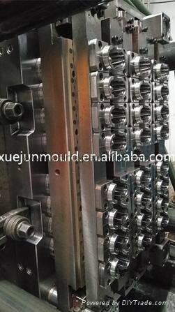 32cavity hot runner valve-gate preform mould 1