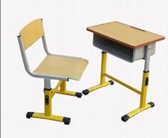 單人鋼木課桌椅做工精細