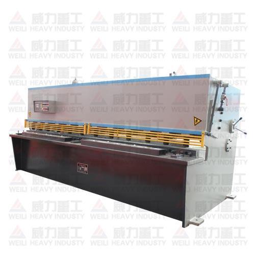 QC12Y-6x2500液壓擺式剪板機 1