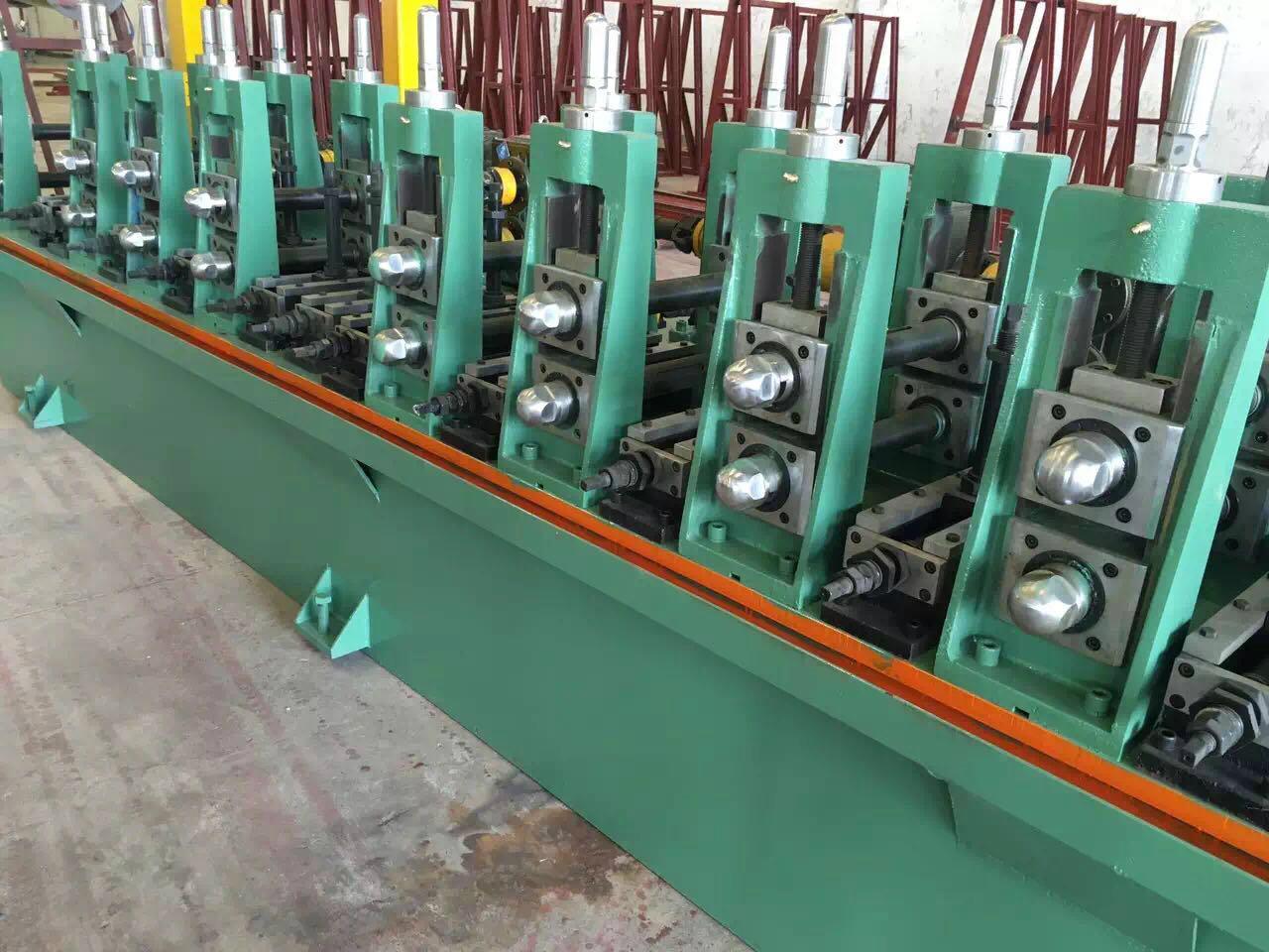 不鏽鋼通用型焊管機 2