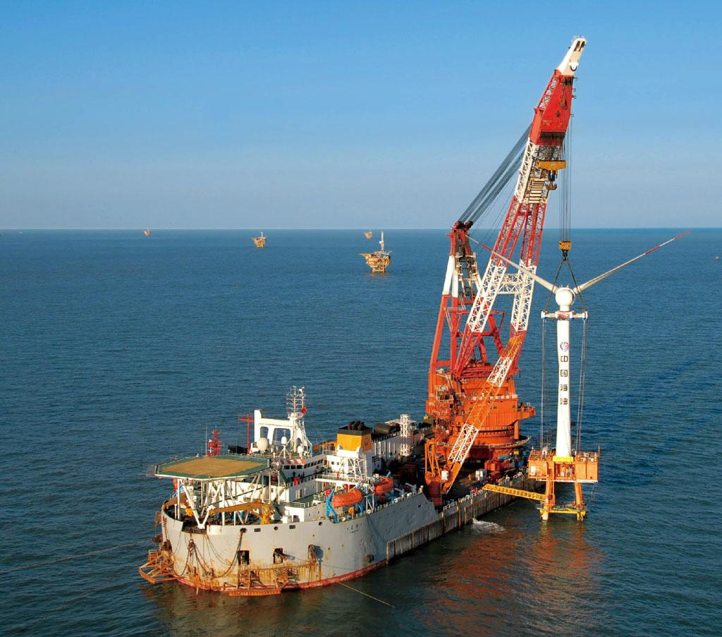 rent floating crane 2000t crane barge 2000 ton charter crane ship buy sell sale  2