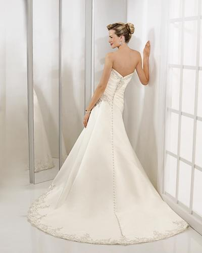 A-line Sweetheart Cathedral Train Satin Beading Wedding Dress supplier 2
