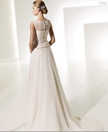A line Bateau Neck Chapel Train Chiffon Beading Ruffled Wedding Dress 2
