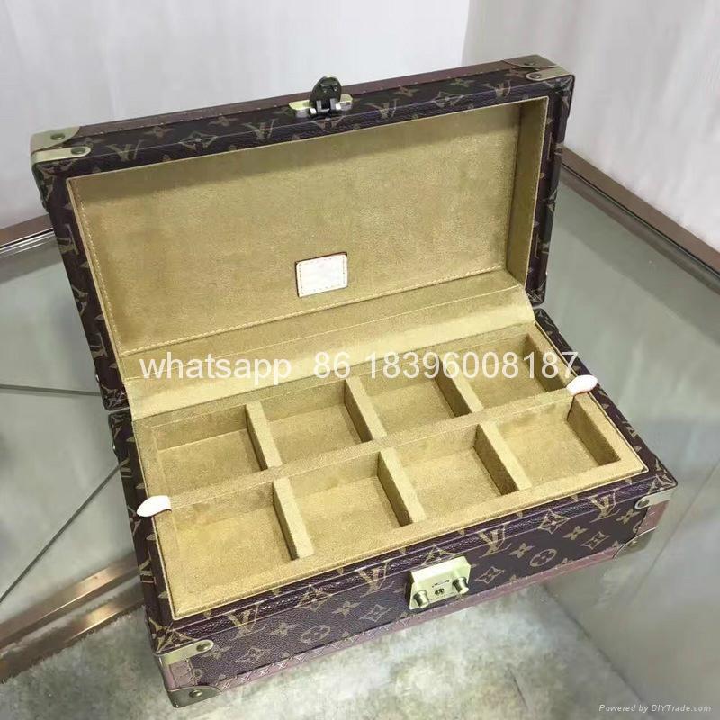 wholesale New Arrival Louis Vuitton  LV Lady Box Women Bags Wood iphone Case 18