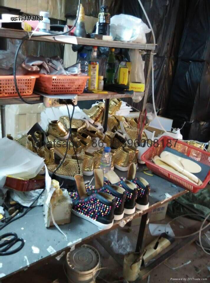 Wholesale top Hot Christian Louboutin Personal Tailo CL Shoes Men women Sneaker 15