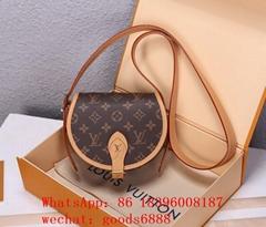 wholesale 2020 hot cheap 1:1 best quality LV handbag Louis Vuitton waist bags
