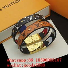 2020    bracelets wholesale, LOUIS VUITT high quality jewelry  earrings necklace