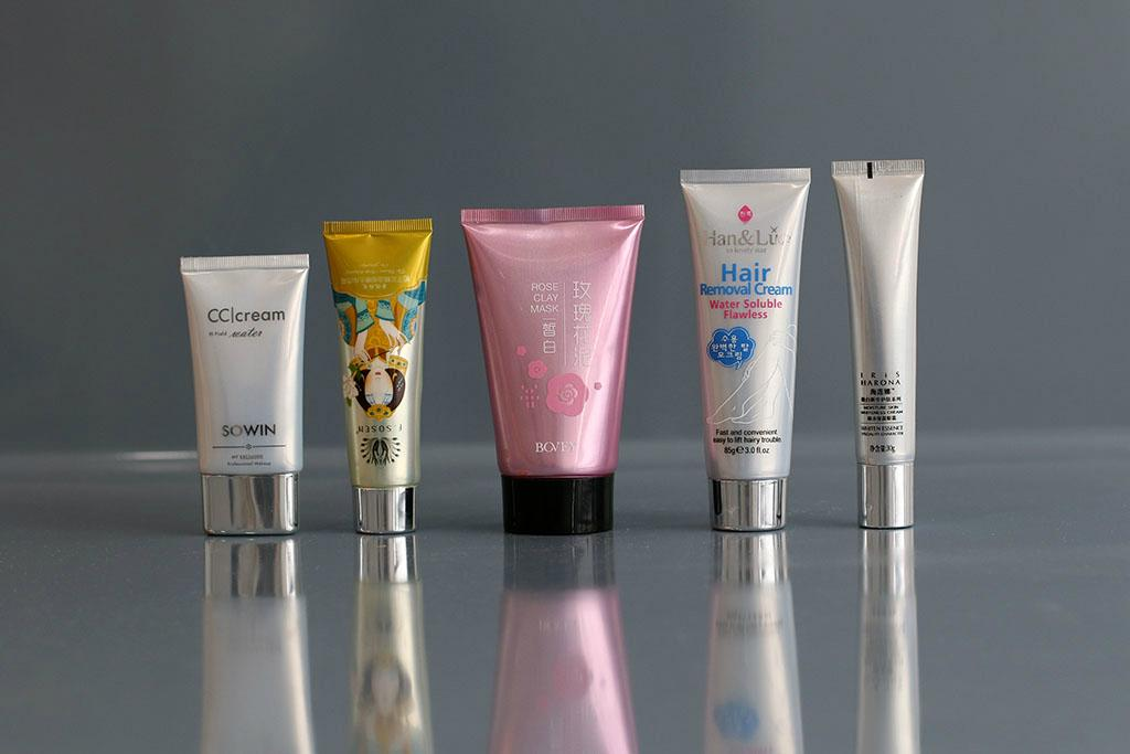 Glossy Aluminum Plastic Tube For Hand Cream  1