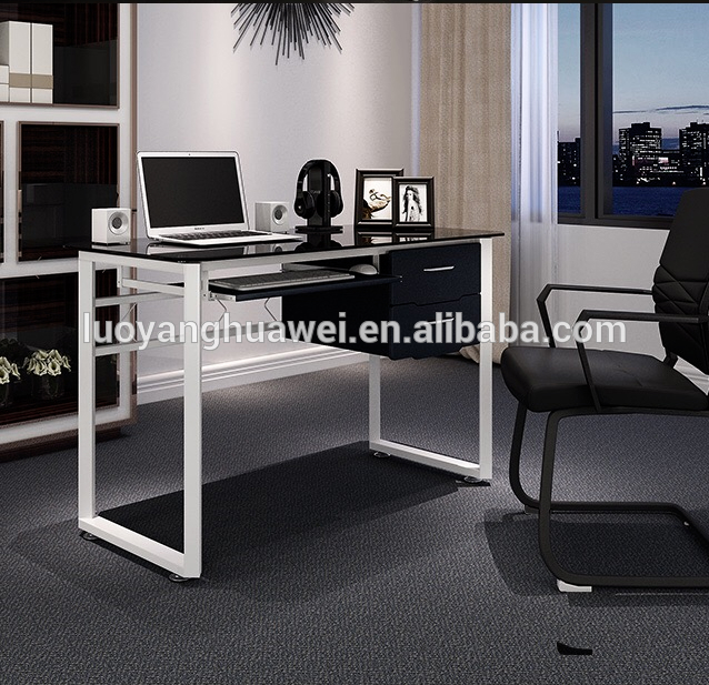 Factory Supply Modern Office Table Glass Top Hw Huawei