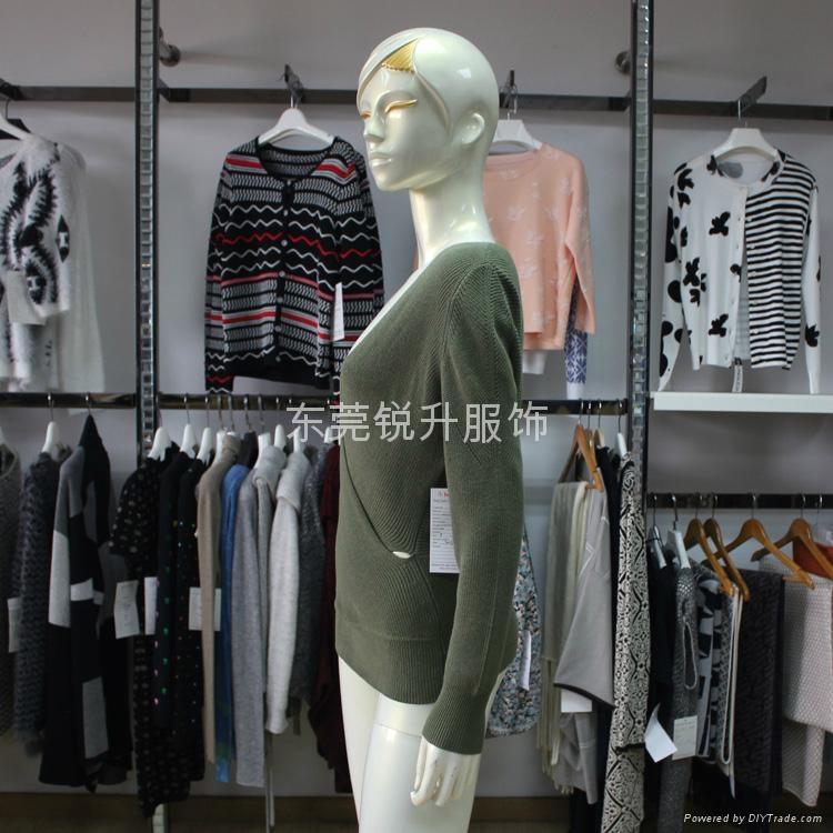 新款女式交叉V領長袖純棉針織毛衣加工 3
