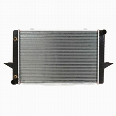 Best Selling Car Radiator for Volvo 850 S70 Series '2.4'93 AT