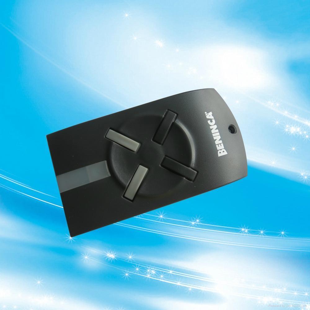 Remote control transmitter Beninca for garage door automatic door 1