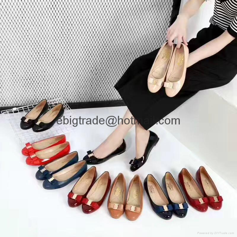 discount Ferragamo Pumps