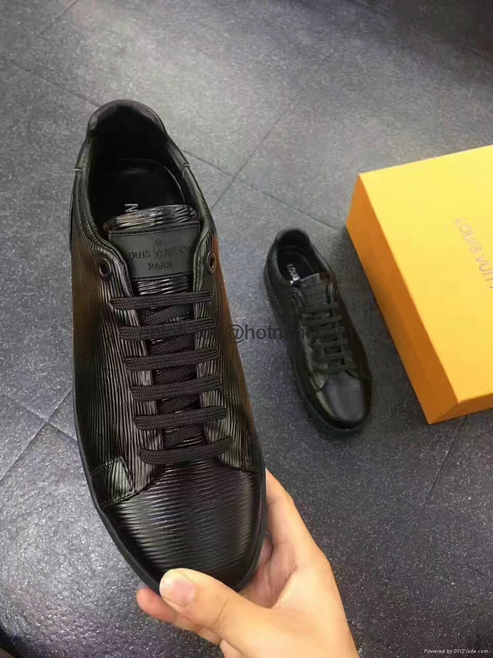 LV shoes for men