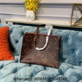 Louis Vuitton ONTHEGO GM Tote Shoulder Bag Giant Monogram  LV Onthego handbags