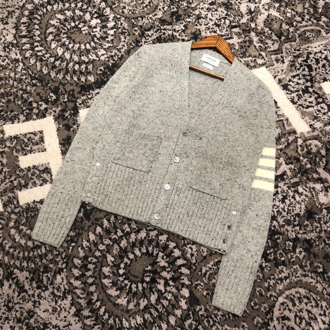 Cheap Thom Browne men's Sweaters for men Thom Browne Cardigan Sweatshirts Women 12