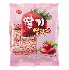 RICE CRACKER WITH STRAWBERRY FLAVOR COATED